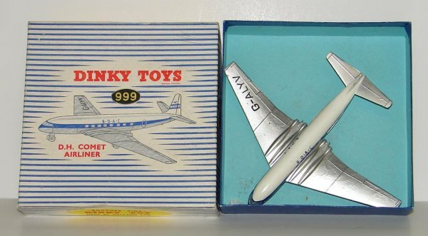 2025: DINKY TOYS. #999 AIRPLANE BOXED. D. H. COMET AIRL