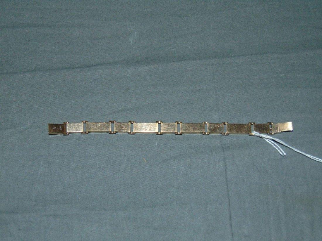 14 kt Gold Link Bracelet.