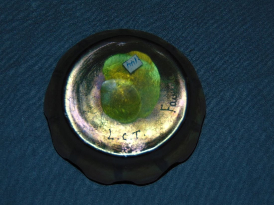 Lot of Three Art Glass Salt Cellars. - 8
