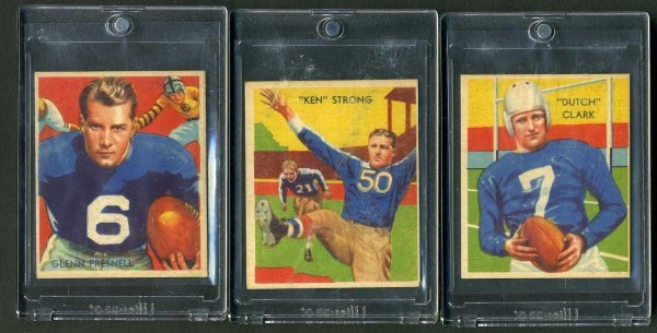 2: 1935 CHICLE FOOTBALL. LOT OF 3.