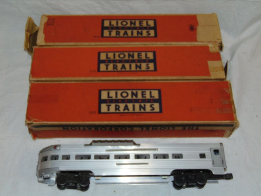 Lot of Lionel Postwar Aluminum Passenger Cars