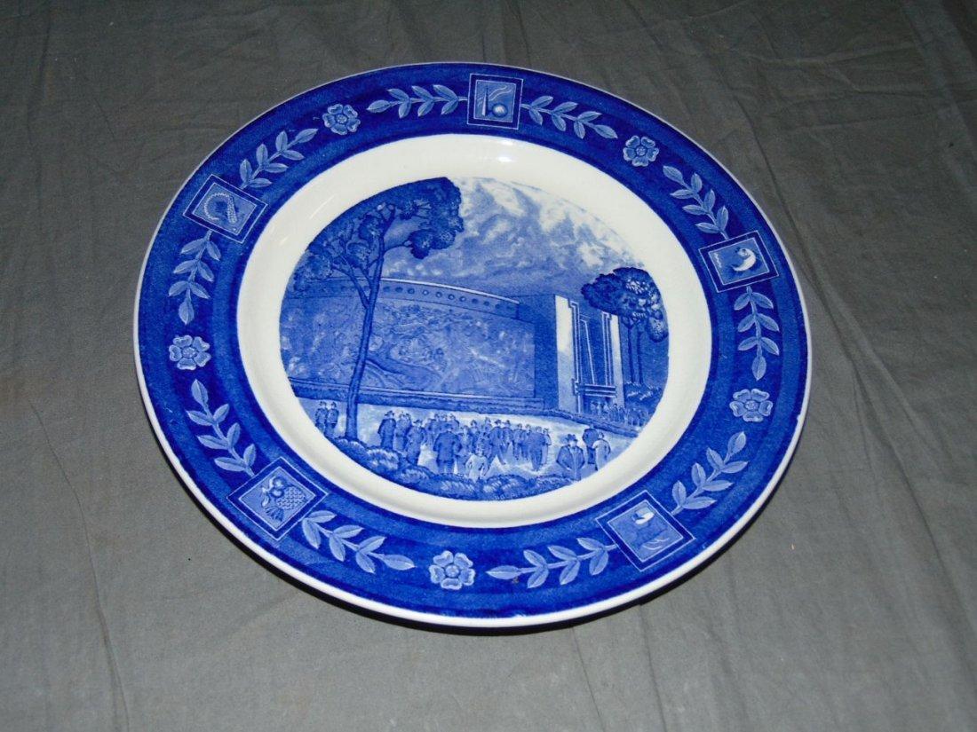 (4) 1939 NYWF English China Souvenir Plates - 8