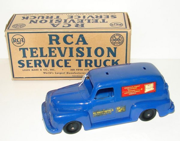 2018: VINTAGE RCA TELEVISION SERVICE TRUCK