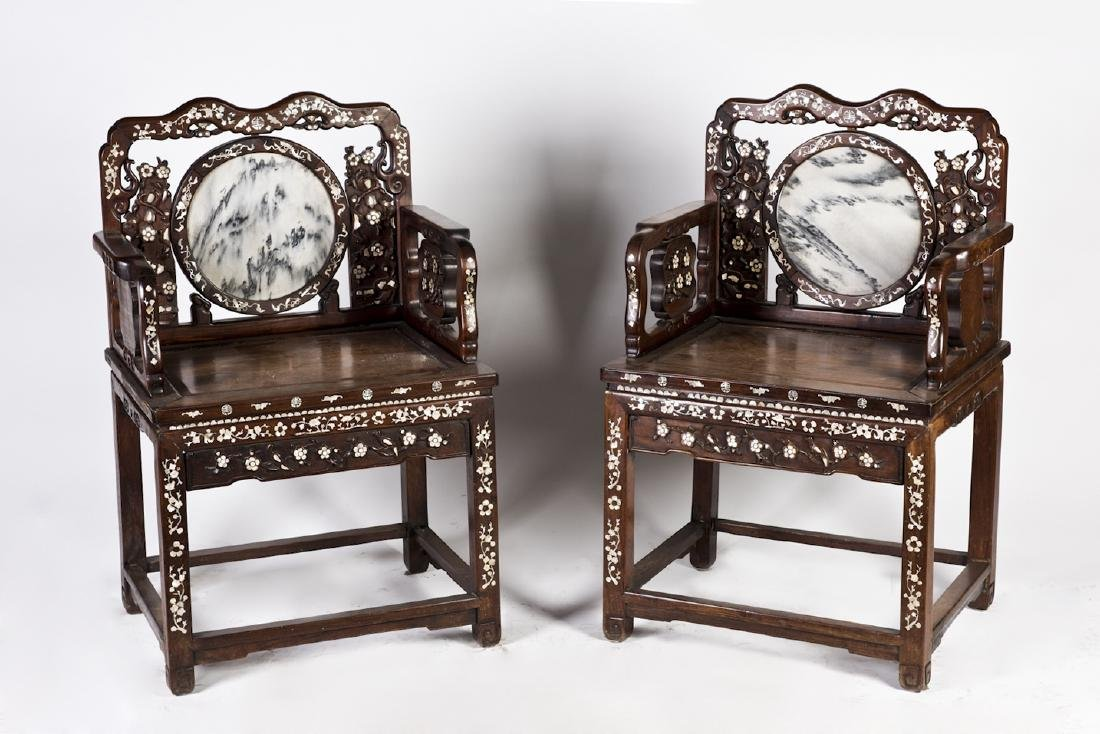 A PAIR OF MARBLE INLAID HONGMU CHAIRS