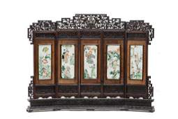 A FIVE-PANEL PORCELAIN MOUNTED TABLE SCREEN