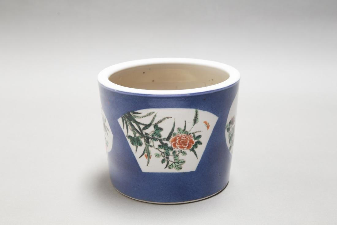 A CHINESE ANTIQUE FAMILLE ROSE BLUE GROUND BRUSH POT - 5