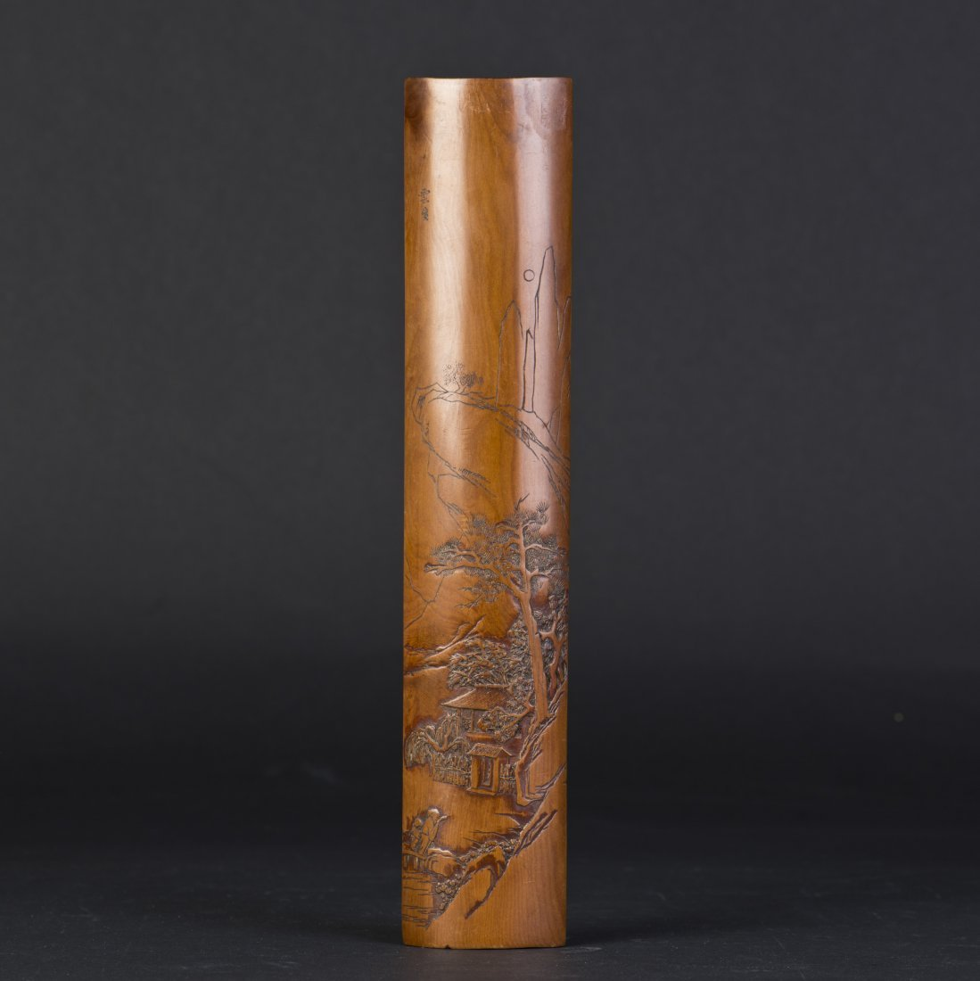 A BAMBOO-CARVED ARM REST WITH LANDSCAPE MOTIF CARVING
