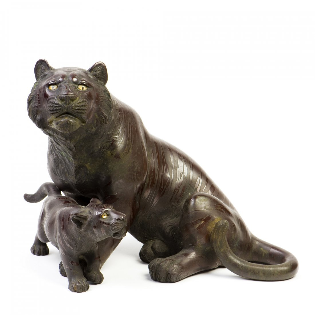 A JAPANESE TIGER STATUE, 20TH CENTURY