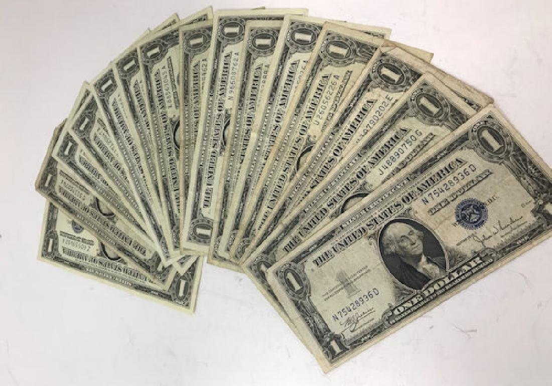 17 U.S. ONE DOLLAR SILVER CERTIFICATES INCLUDING 3