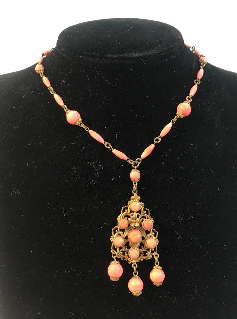 """VINTAGE CORAL NECKLACE ~ 16"""" W/ OVAL & ROUND CORAL"""