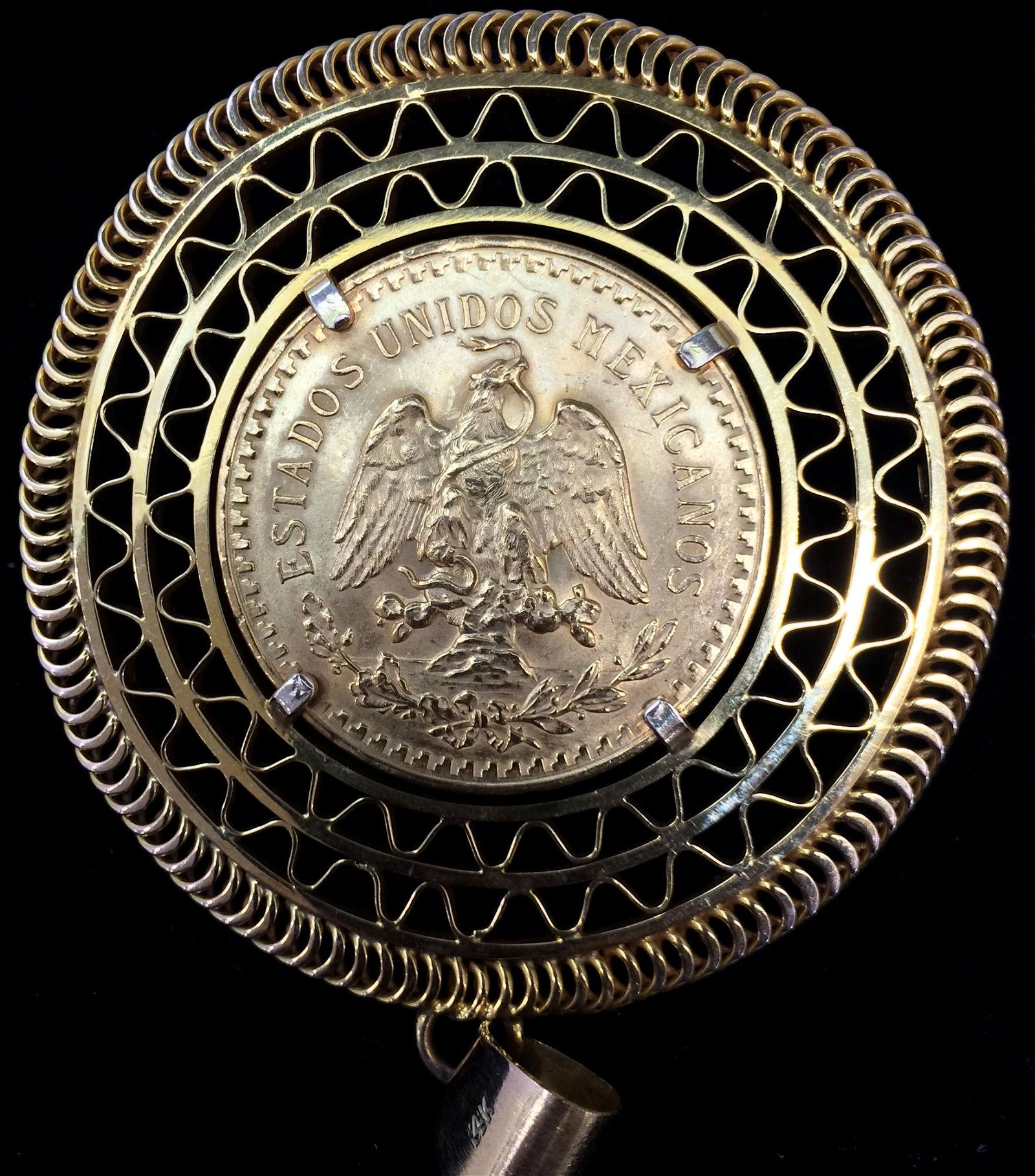 1947 MEXICO 50 PESOS GOLD COIN IN 14K GOLD BEZEL, .900