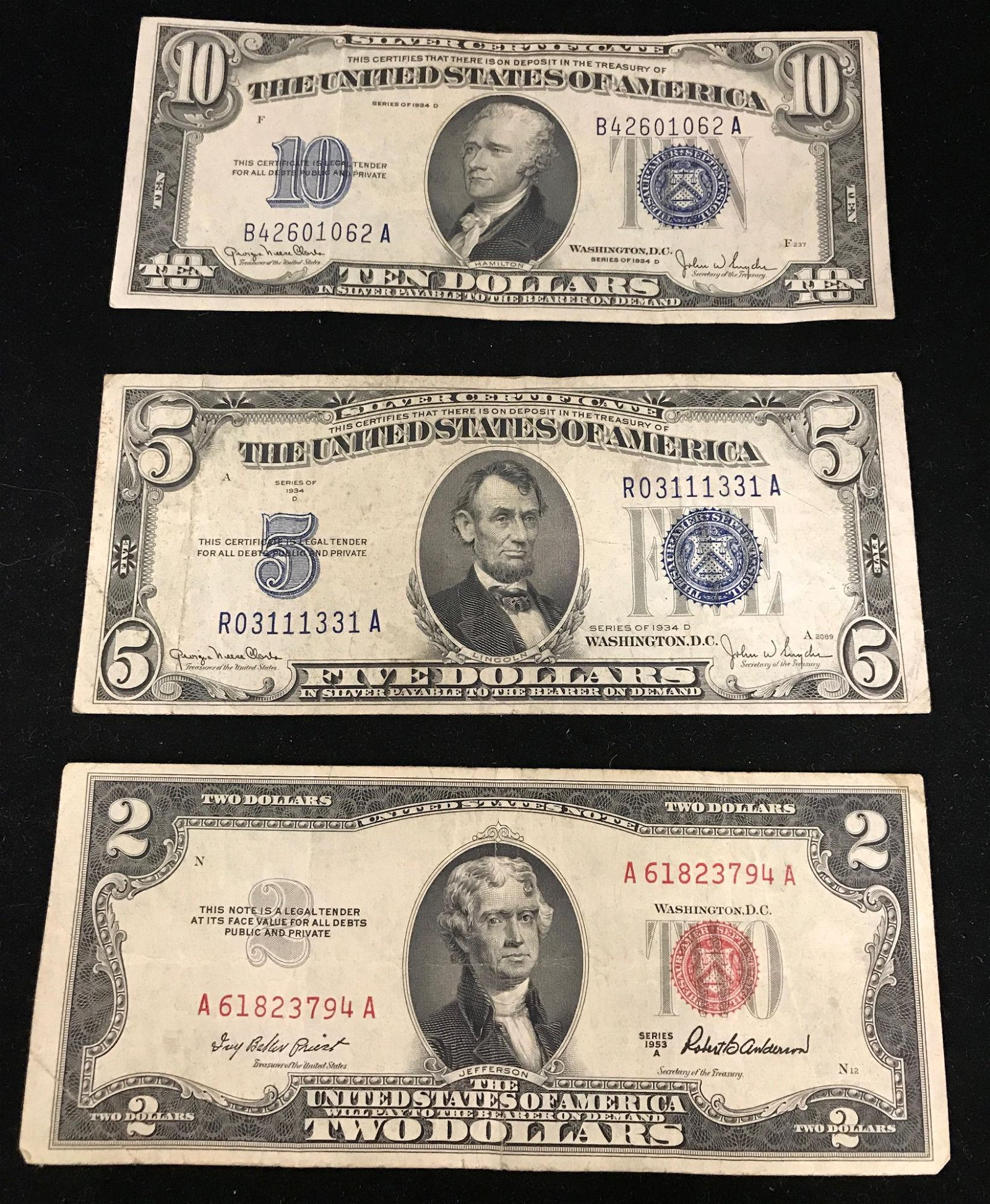 U.S. CURRENCY INCLUDING SERIES 1934 TEN DOLLAR SILVER