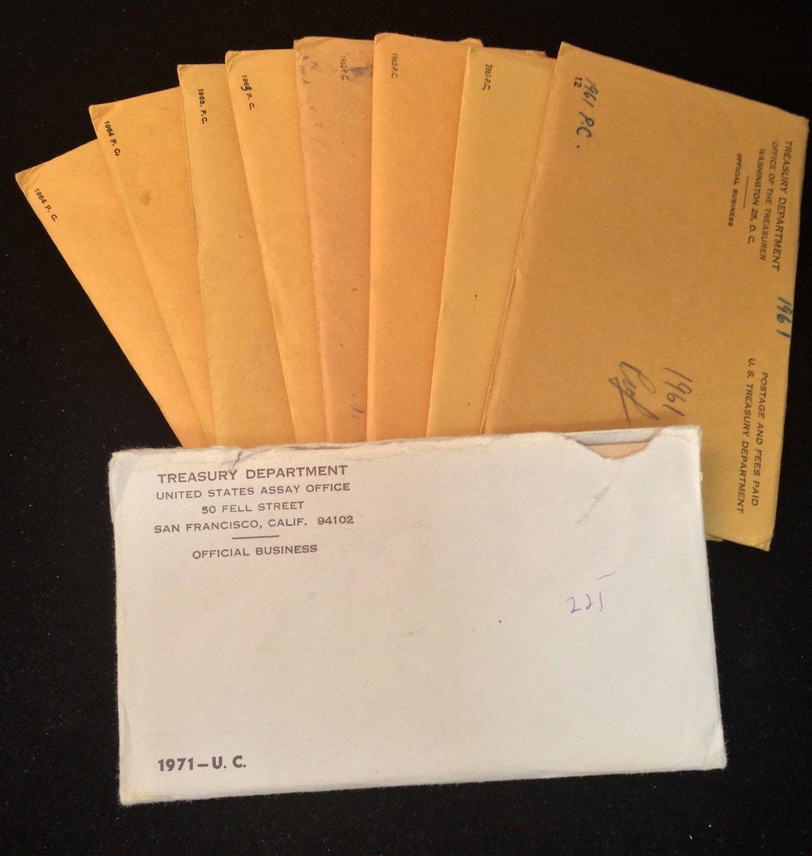 8 U.S. MINT SETS INCLUDING (2) 1961, (2) 1962, (2)