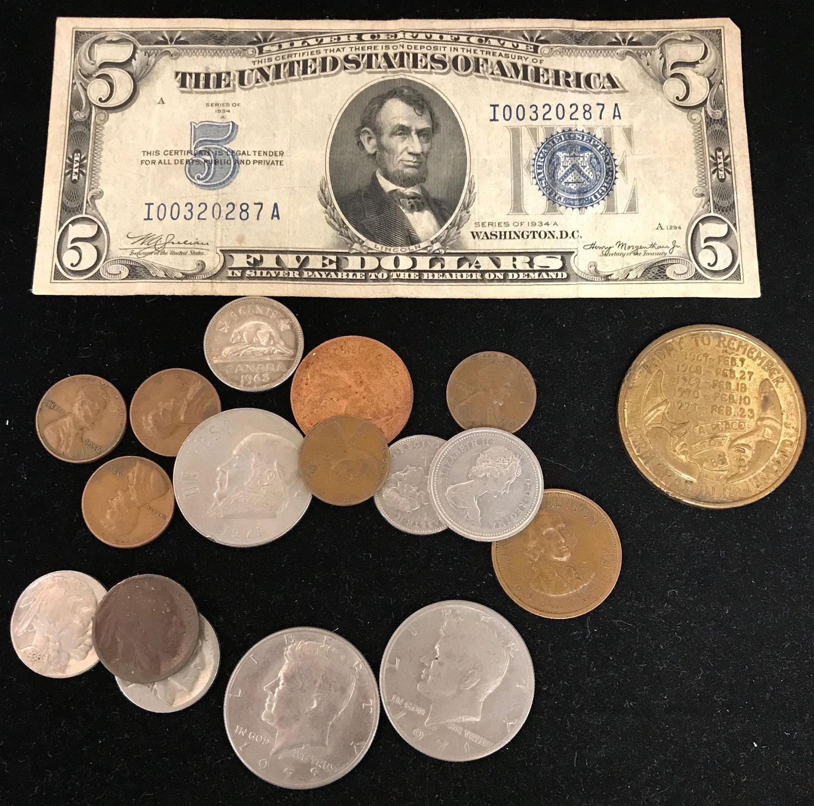 MIXED LOT INCLUDING SERIES 1934 FIVE DOLLAR SILVER