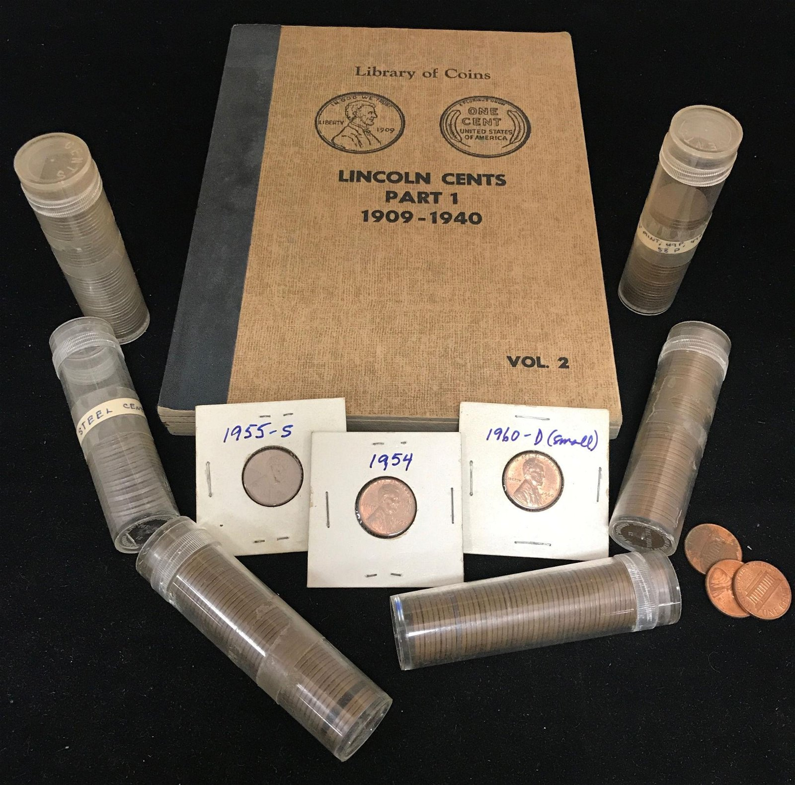 LOT U.S. CENTS INCLUDING LIBRARY OF COINS LINCOLN CENTS
