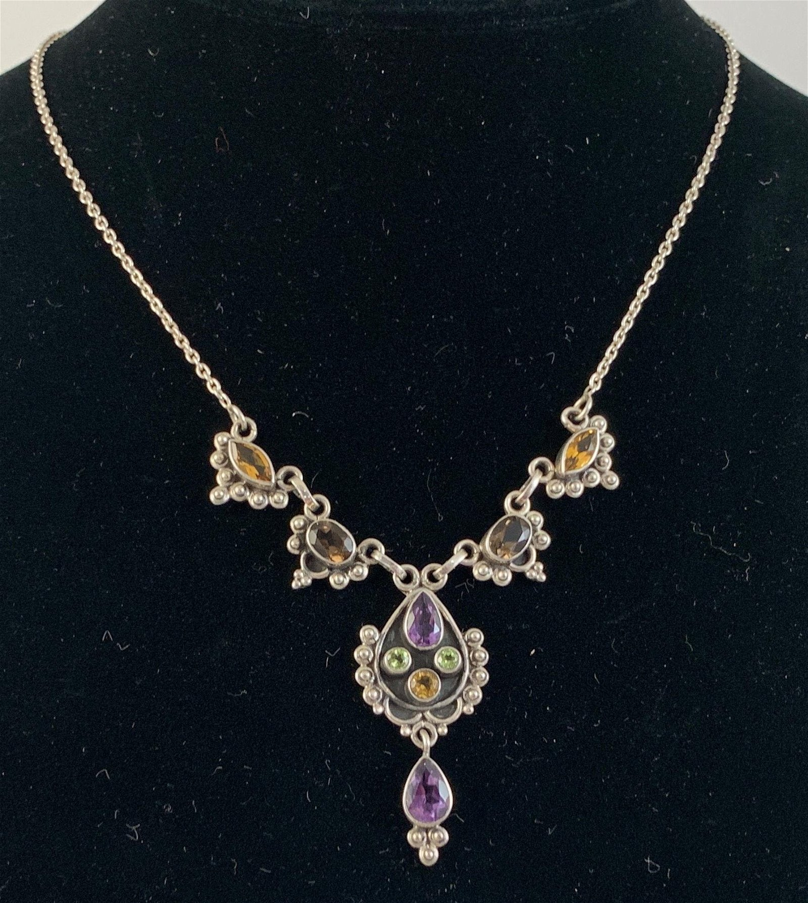 STERLING FASHION NECKLACE