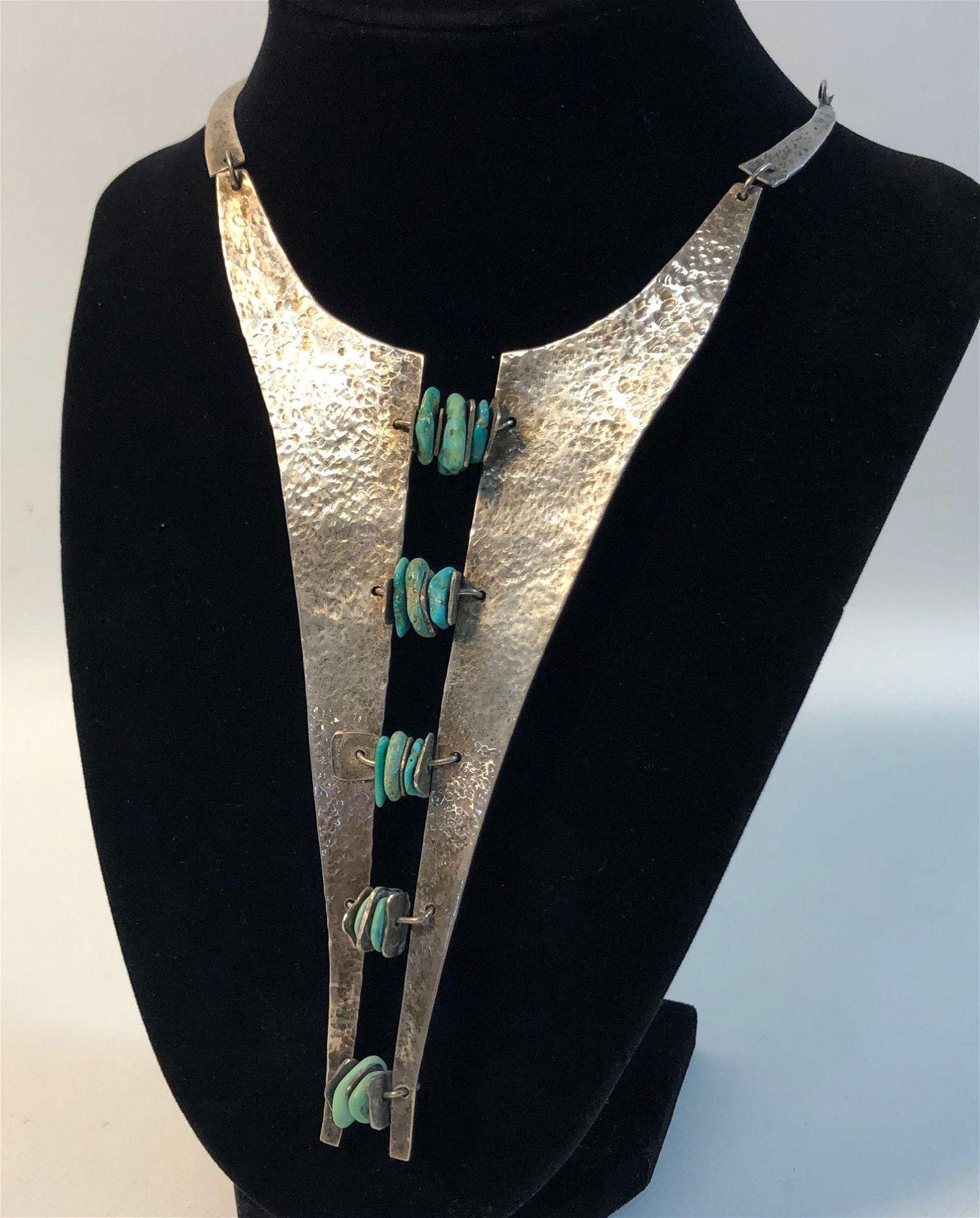 STERLING SILVER & TURQUOISE STATEMENT NECKLACE