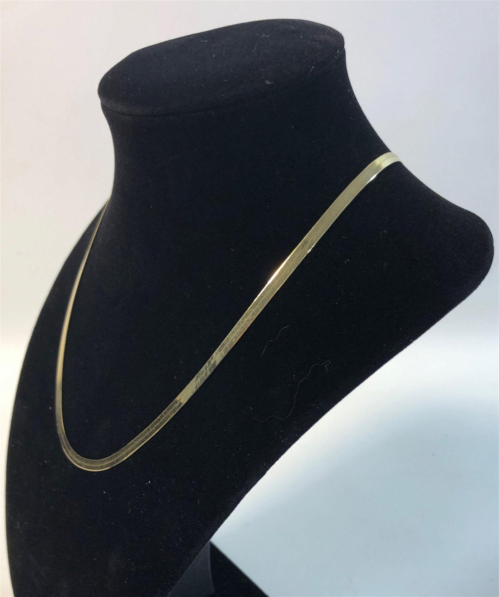 14 KT YELLOW GOLD NECKLACE