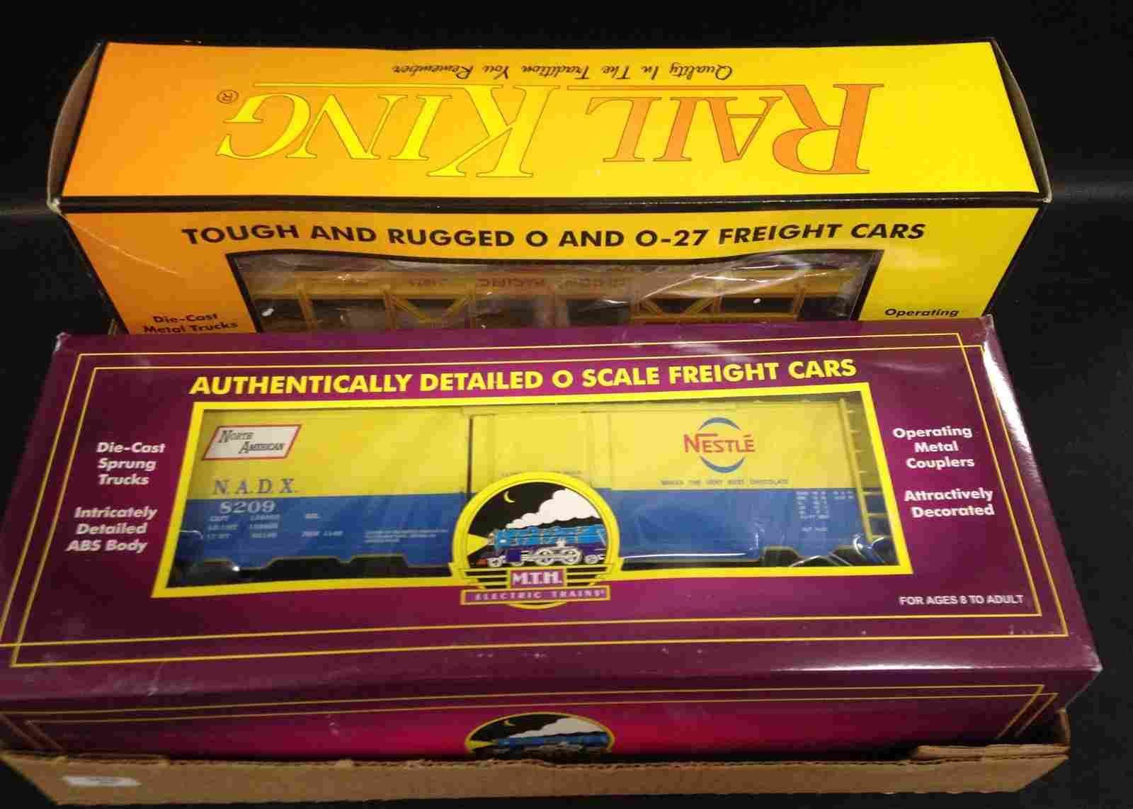 BOX LOT 2 O GAUGE RAIL KING AND MTH FREIGHT CARS IN