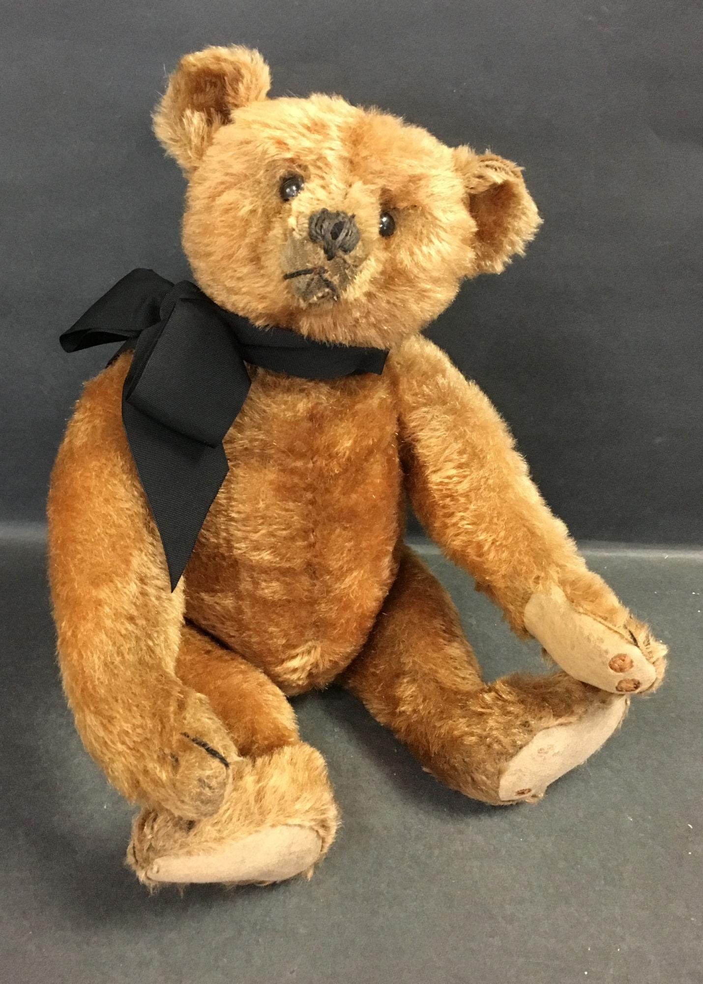 EARLY STEIFF CINNAMON MOHAIR CENTER SEAM TEDDY BEAR.