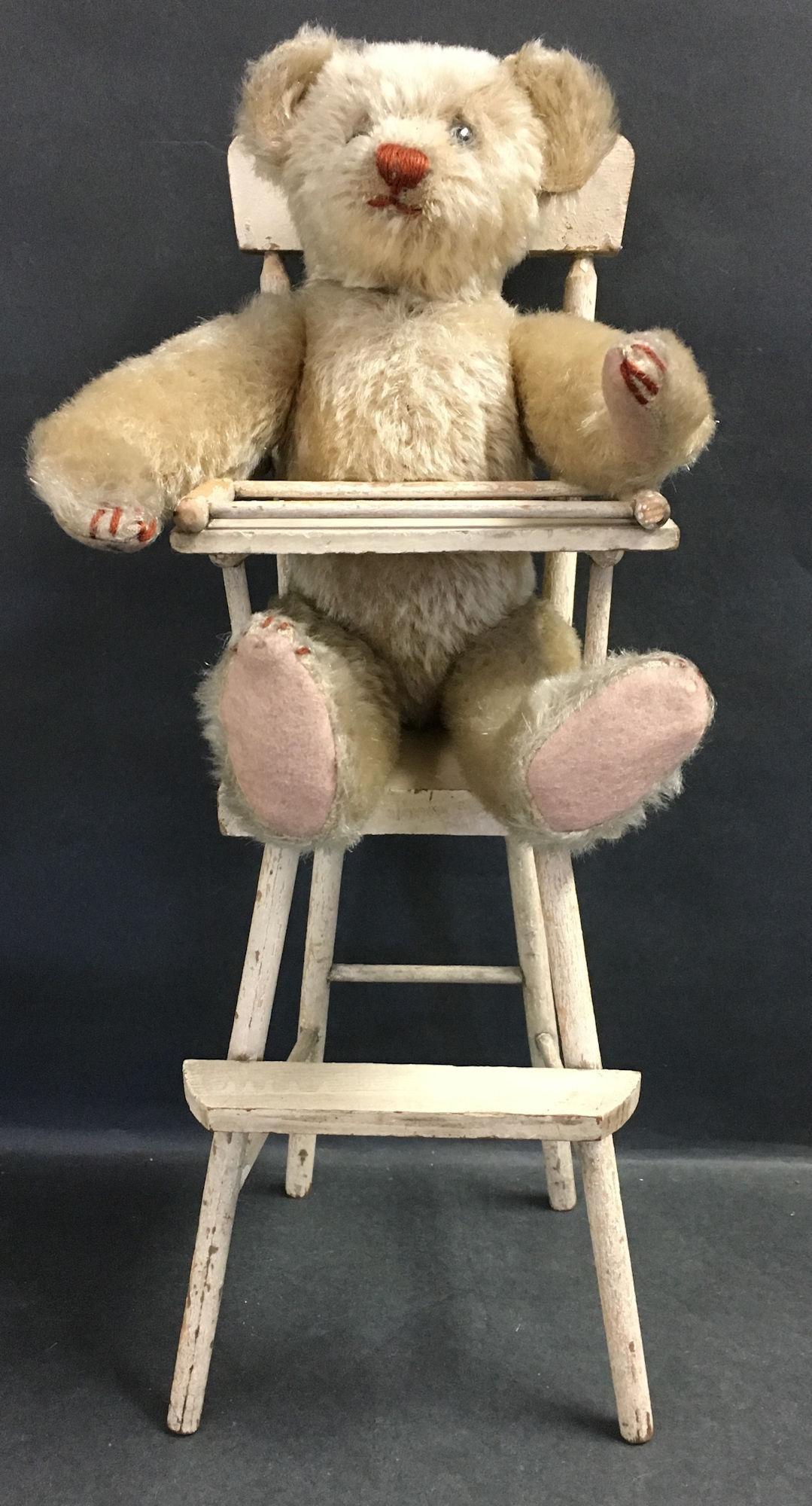 EARLY HECLA TEDDY BEAR. BEIGE MOHAIR