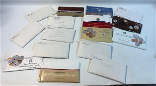 LOT OF UNCIRCULATED US MINT SET COINS IN ENVELOPES