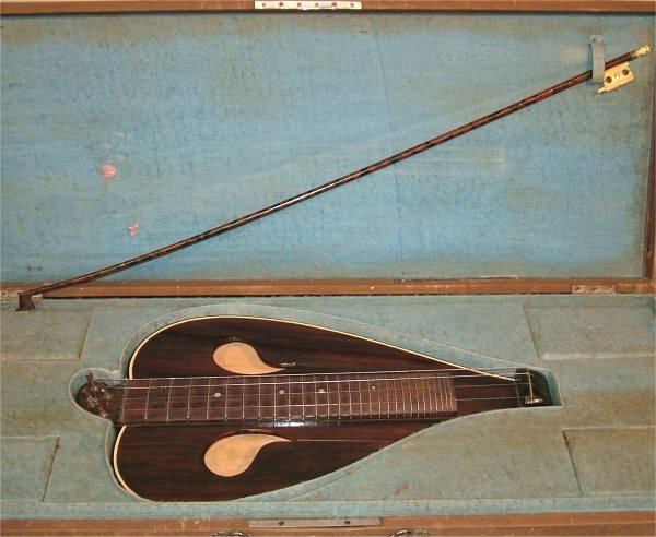 "5015: TABLE TOP 4 STRING INSTRUMENT W/BOW IN CASE 18""L"