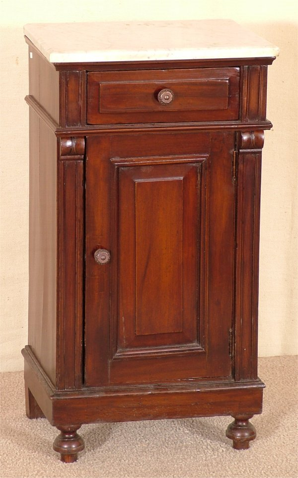 "5023: MAHOGANY SIDE CABINET W/WHITE MARBLE TOP 17 1/2""L"