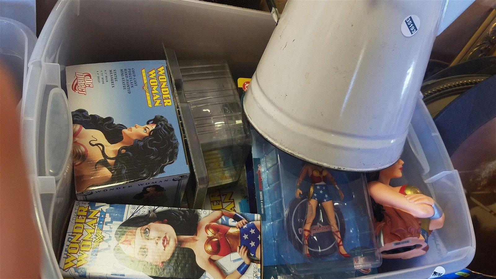 BOX LOT DC WONDER WOMAN FIGURINES, BOOKS, COMICS, METAL