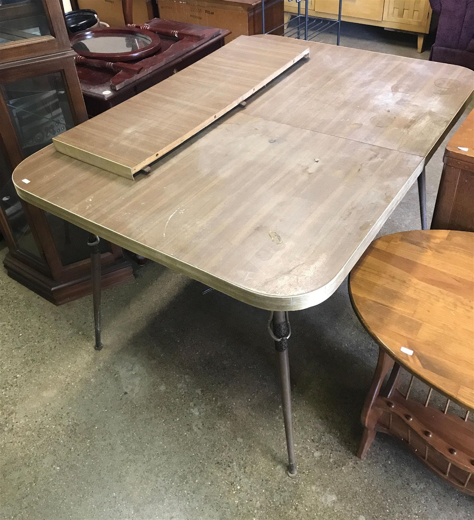 METAL AND WOOD TABLE WITH ONE LEAF