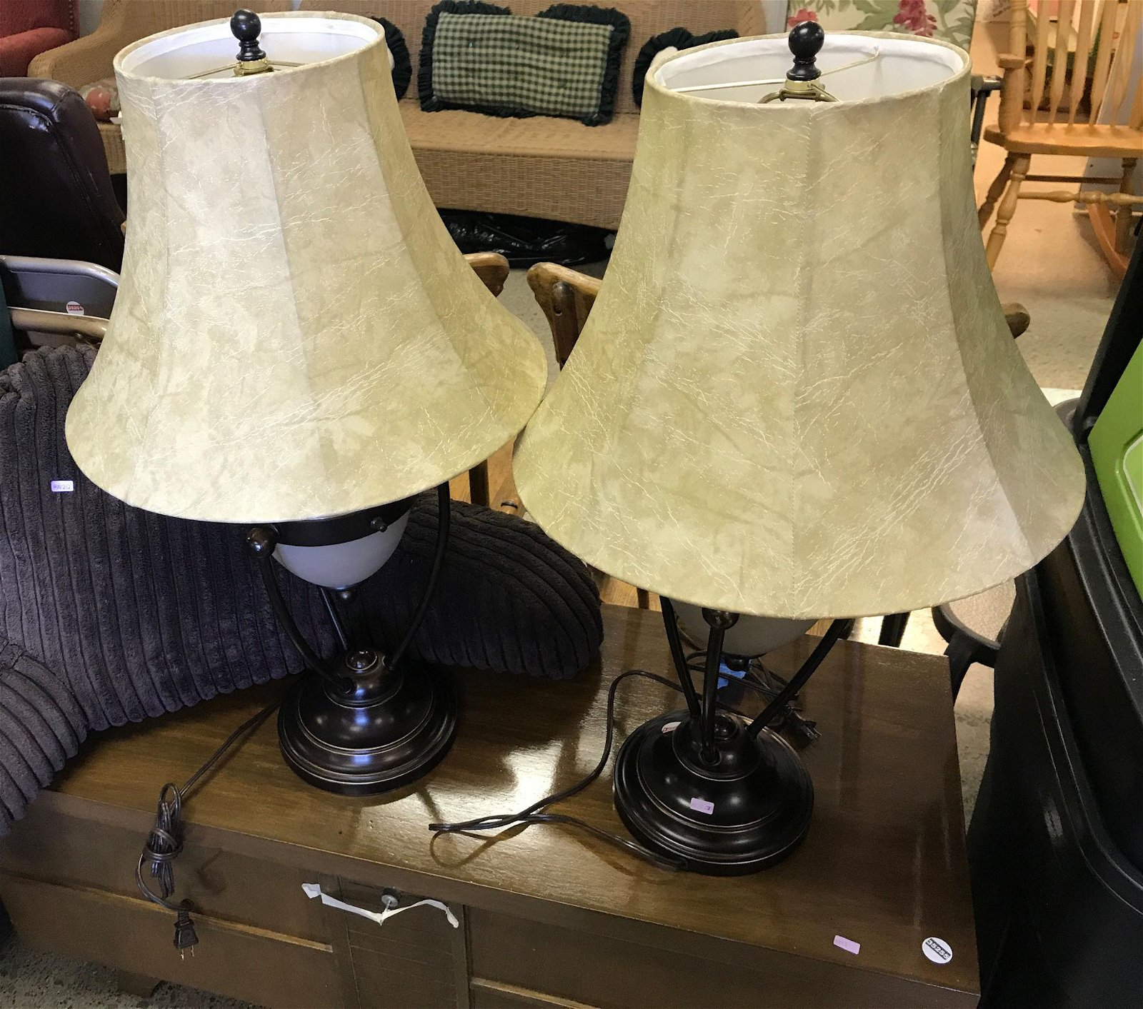PAIR OF LAMPS AND ARMREST PILLOW