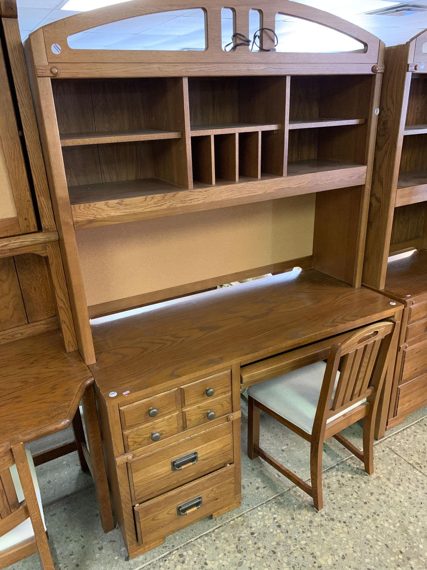DESK WITH HUTCH, CHAIR
