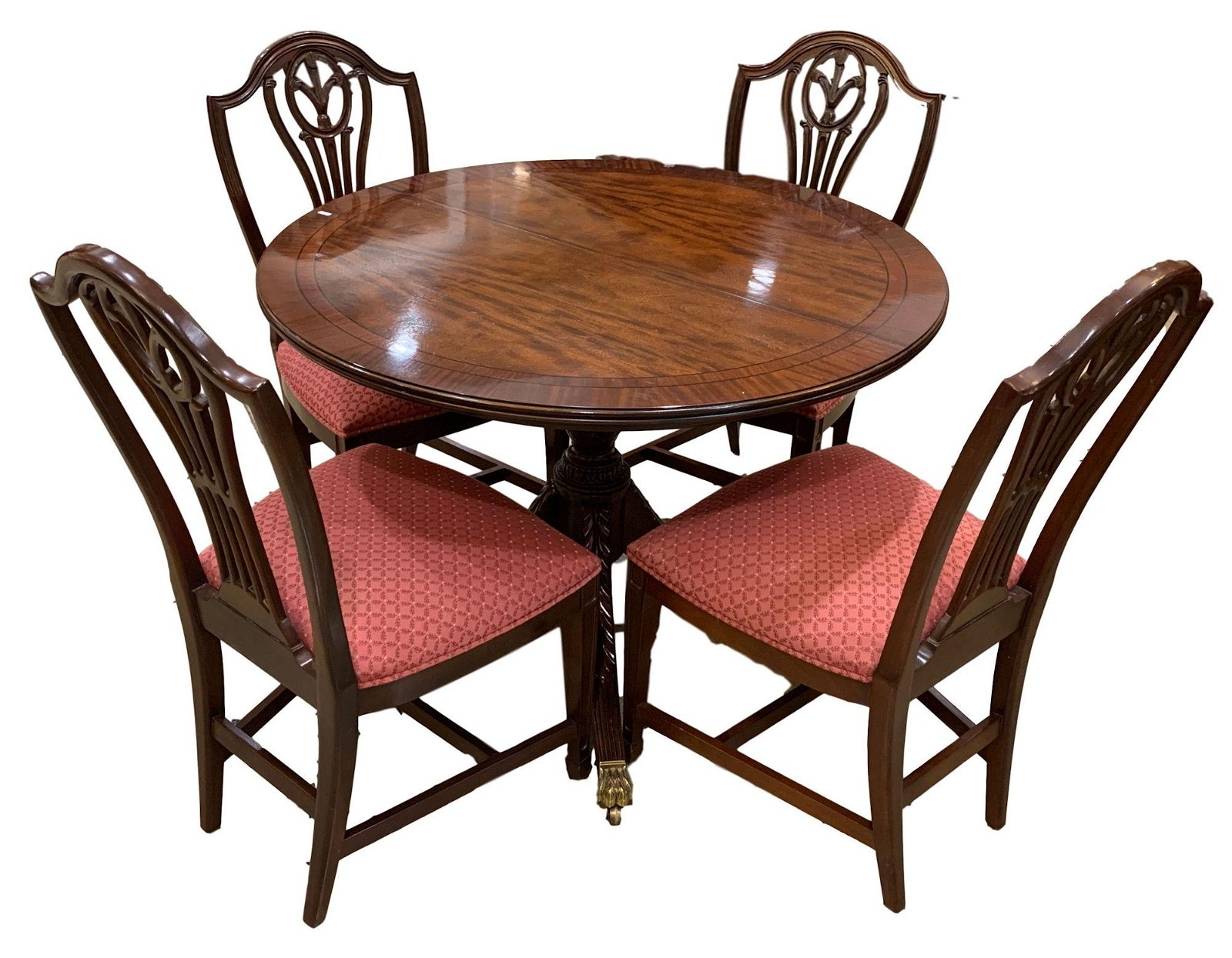 ROUND BANDED MAHOGANY TABLE AND 4 CHIPPENDALE STYLE