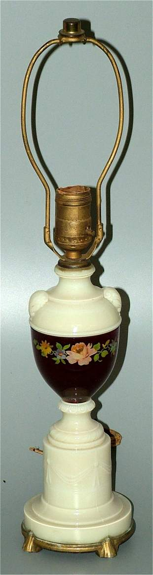 OPAQUE GLASS TABLE LAMP W/REVERSE DECORATED FLOR