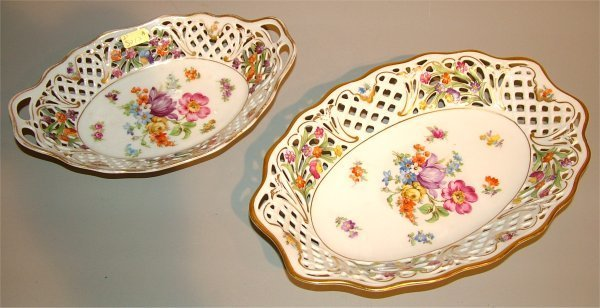 """15012A: (2) SCHUMANN CHINA OVAL DISHES, 9"""" & 10 1/2""""L"""