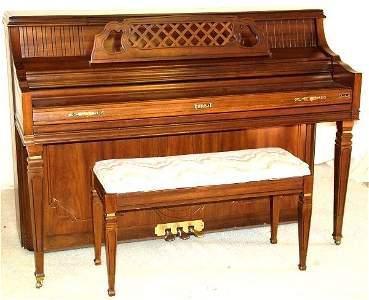 15381: KIMBALL MAHOGANY CONSOLE PIANO MODEL #4242 SERIA