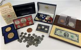 LOT OF ASSORTED US COINS AND TOKENS