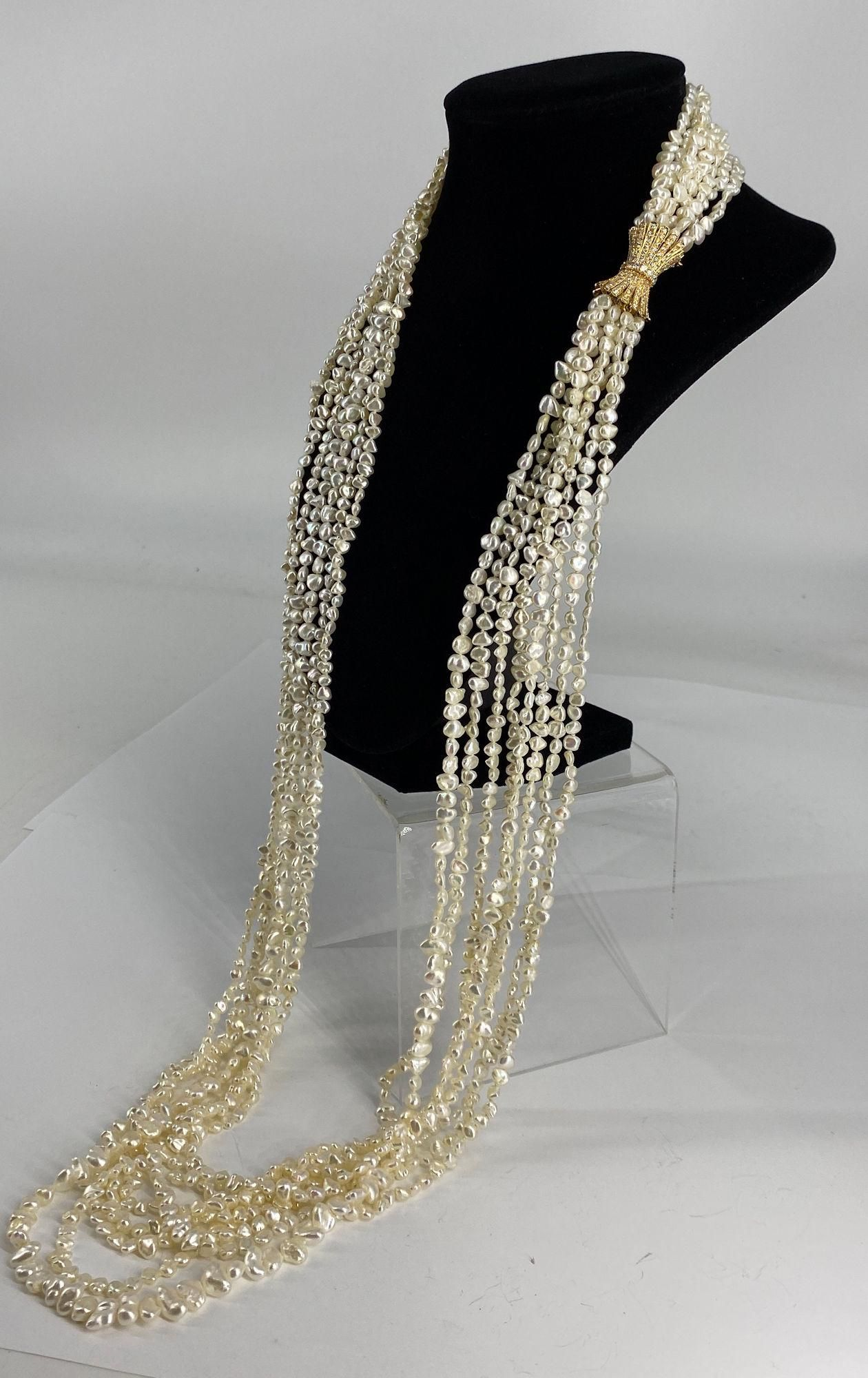 MULTI STRAND PEARL NECKLACE WITH 18KT YELLOW GOLD AND