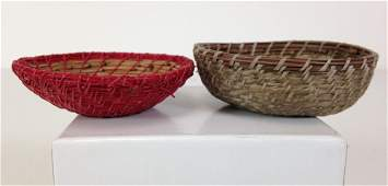 2 MINIATURE INDIAN BASKETS FINELY WOVEN INTEGRATING