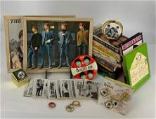 BOX LOT BEATLES COLLECTIBLES INCLUDING BOOKS, PICTURES,