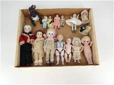 """LOT OF MISCELLANEOUS ANTIQUE AND NEW SMALL DOLLS (2""""-"""