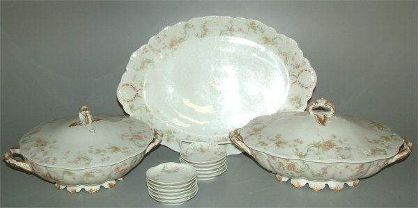 5021: 14 PC HAVILAND LIMOGES CHINA W/PINK FLOWERS, (PLE