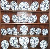 5044 40 PC SET ROYAL DOULTON BLUE  WHITE CHINA DINNER