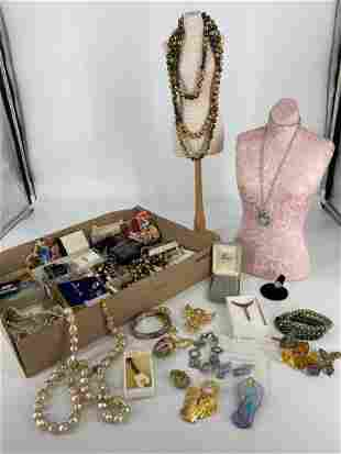 Box Lot OF Jewelry & Accessories