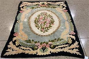 Antique American hand hooked rug circa 1920's 5.8' x