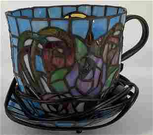 Reproduction Tiffany style tea cup lamp. Colorful roses