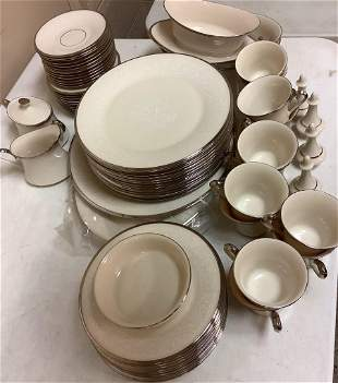 """Lenox """"Moonspun†setting of 12 dinnerware, with two"""