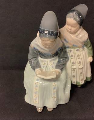 Royal Copenhagen figurine, Two girls looking at book.