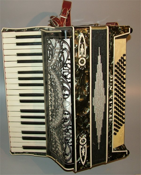 5004: HALIA NO 16 ACCORDIAN W/PEARLIZED FINISH, SOME DA