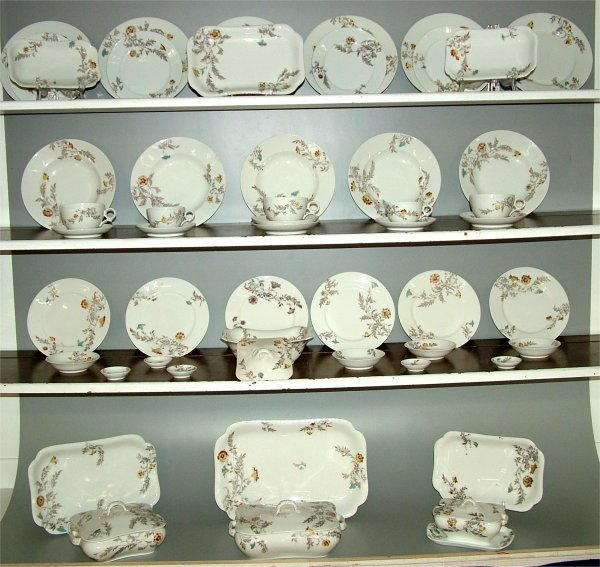5012: 53 PC SET HAVILAND LIMOGES DINNERWARE W/YELLOW &